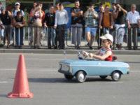 Выбираем первый автомобиль